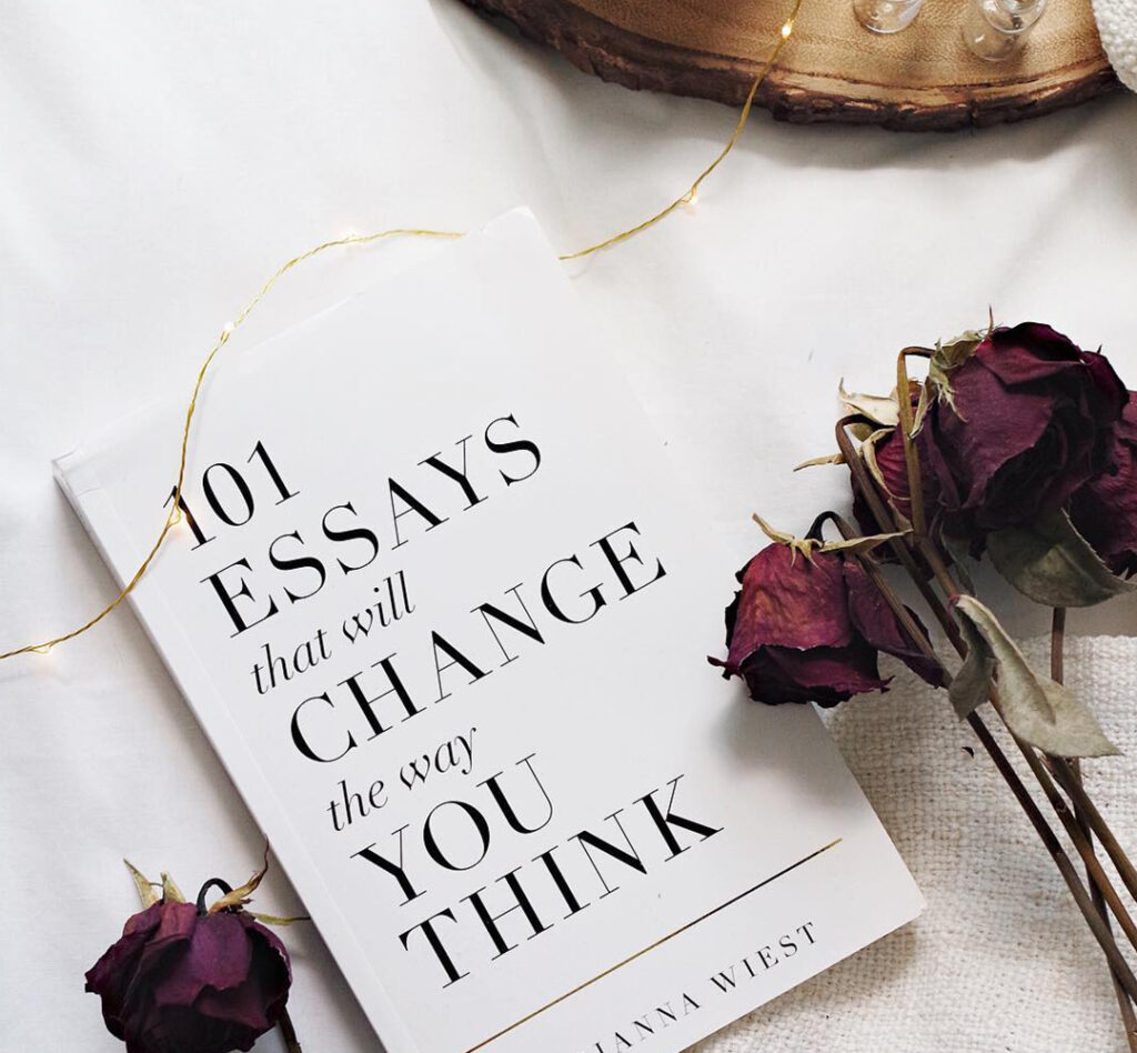 101 essays that will change the way you think - books to read